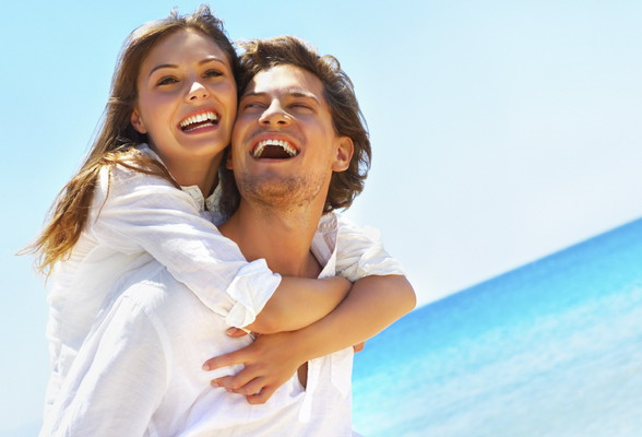 8 relationship tricks happy couples use. Black Bedroom Furniture Sets. Home Design Ideas