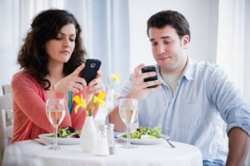 Does Texting Help or Hurt Romance?