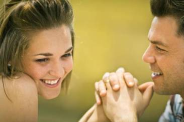 Six Ways Lebanese Guys Flirt with Girls